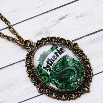 Кулон Значок Слизерин из Гарри Поттера, медальон на цепочке (бронзовый цвет)