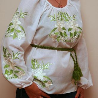 Вышиванка Лилия