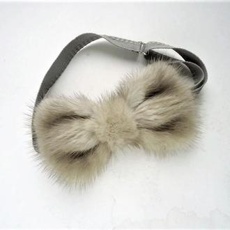 Галстук-бабочка из меха норки. Gray mink bow tie.
