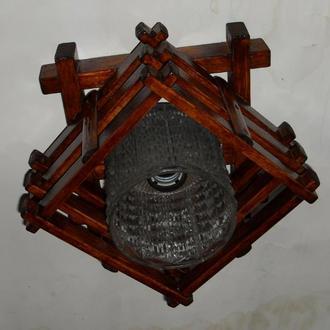 Светильник деревянный, потолочный