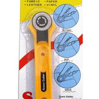 Нож макетный DAFA роликовый 28мм RC-2