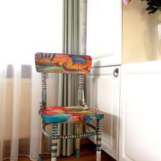 стілець з рибним місцем