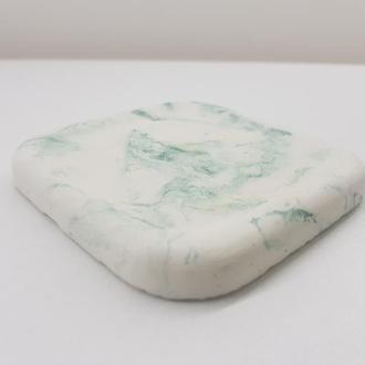 Продам подстаканник из бетона (подставка под горячее) квадратная - белая с зеленым