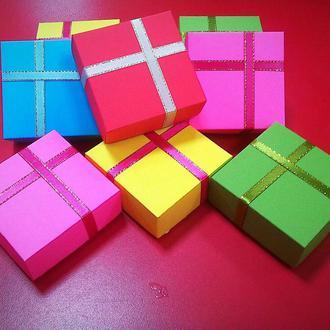 Коробка подарочная [6,5х6,5х2,5 см]