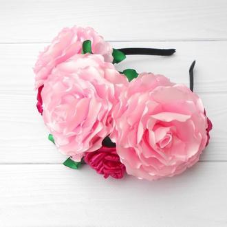 Объемный цветочный венок на голову Ободок с розовых роз Обруч для девушки Украшение для волос