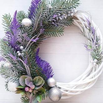 Різдвяний вінок на двері фіолетовий
