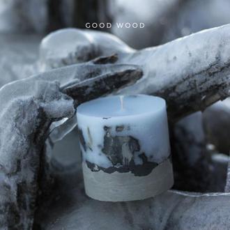 Свеча в бетоне