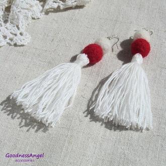 Сережки білі з червоним
