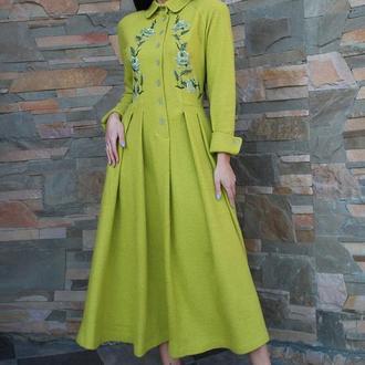 """Вышитое платье, платье с вышивкой """"Свежесть лайма""""  теплое нарядное платье, винтажное платье"""