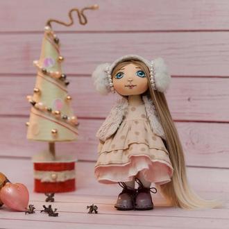 Куколка игровая