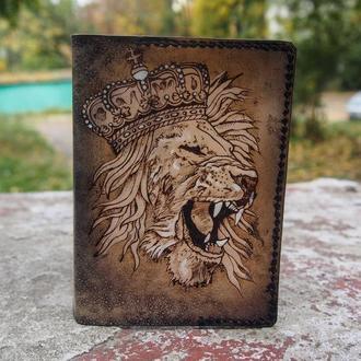 Мужская обложка для паспорта, обложка на паспорт, кожаная обложка для паспорта лев