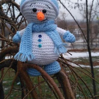 Вязаный снеговик игрушка к Новому Году