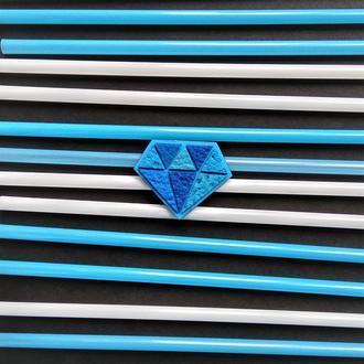 Брошка Діамант