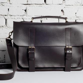 Мужская кожаная сумка-портфель коричневого цвета