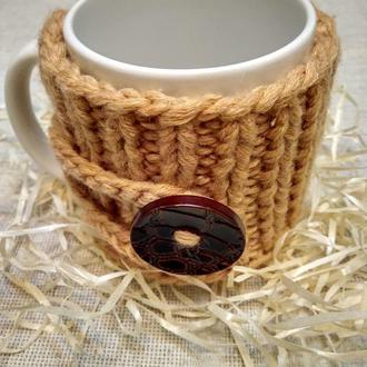 Чашка в вязаном свитере
