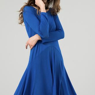 Платье вязанное синее