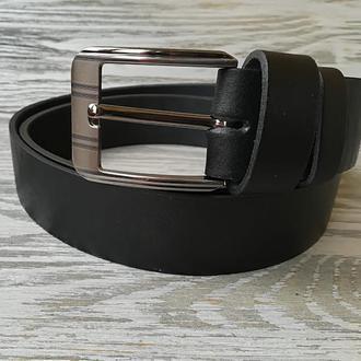 Мужской кожаный ремень черный (шириной 3,7 см) с полосатой пряжкой