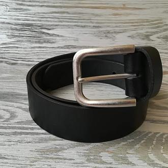 Мужской кожаный ремень черный (шириной 3,7 см) с матовой пряжкой