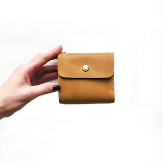 Кожаный кошелек MINI желтого цвета