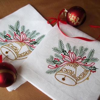 Набор новогодних салфеток из хлопка с вышивкой  6шт.