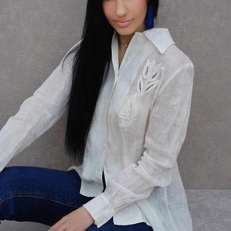 """Льняная рубашка с вышивкой """"Белые тюльпаны"""" вышитая блузка, вышиванка"""