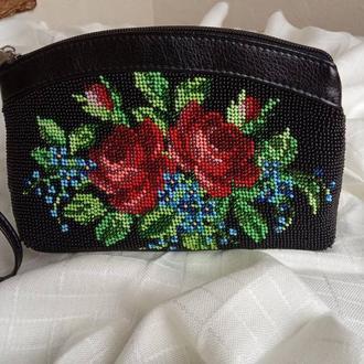 Косметичка (сумочка) вишита бісером