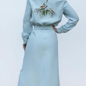 """Женский костюм с  вышивкой """"Небесный полет"""" вышитый костюм, костюм с юбкой"""