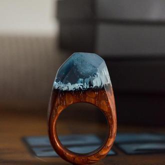 Перстень з дерева, перстень оригінальний, кільце з дерева і смоли