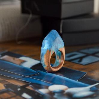 Перстень оригінальний, подарунок для жінки, кільце з дерева і смоли