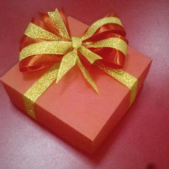 Коробка подарочная [9х9х3см]