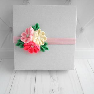 Розовая цветочная повязка малышке на день рождение Украшение для волос девочке на 1 год Подарок