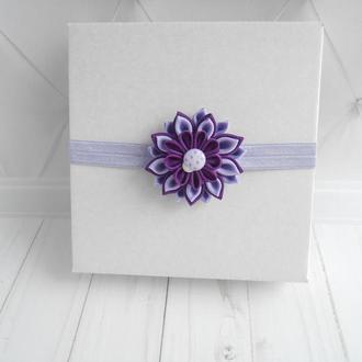 Фиолетовое украшение на голову для фотосессии малышке Повязка с цветком для девочки в подарок на год