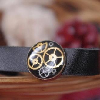 Кожаный браслет в стиле стимпанк
