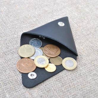 Треугольный кошелек для мелочи из кожи M01-0