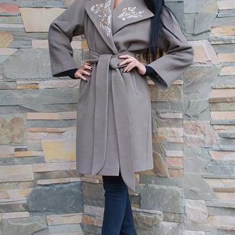 """Нарядное женское пальто с вышивкой """"Восторг""""  пальто из кашемира"""