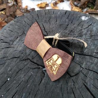Деревянная галстук-бабочка