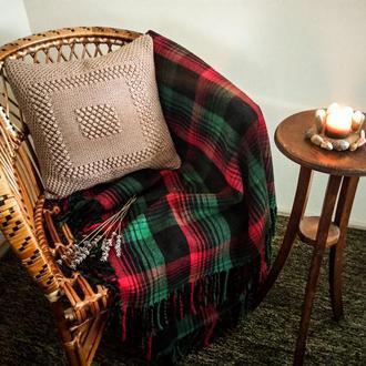 Вязаная декоративная интерьерная подушка для дивана, кресел, стульев