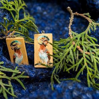"""Сережки та кулон  """"Королівська мухоловка"""", з дерева, розпис"""