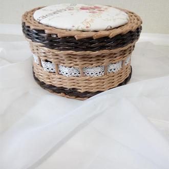 Плетеная коробочка