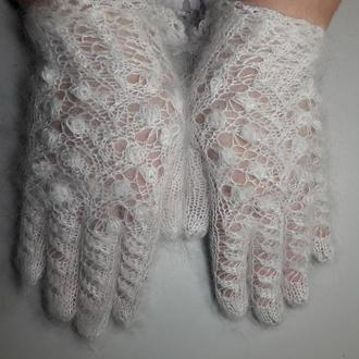 """Перчатки ажурные из белого козьего пуха """"Снежные брилианты"""""""