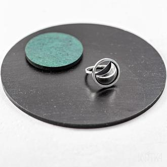 Серебряное кольцо Затмение. Коллекция Сегменты. Размер 18.