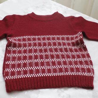 свитер бордовый на девочку узор квадрат
