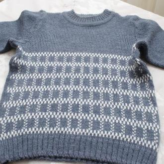 свитер серый узор квадрат на мальчика