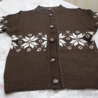 кофта коричневая снежинка для мальчика