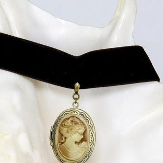Овальный раскрывающий медальон с камеей для фото в вкиторианском стиле (ретро, стимпанк) в наличии