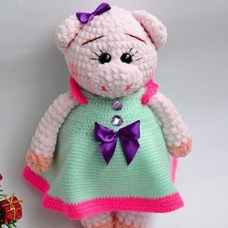 Свинка плюшевая (вязаная игрушка)