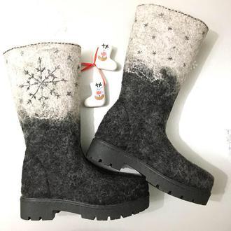 Валяные сапоги «снежинки»
