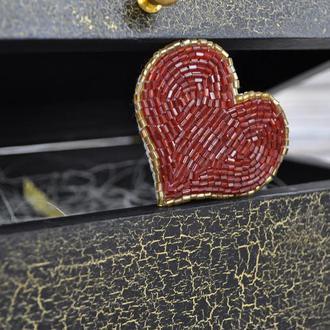 Брошь Красное сердце