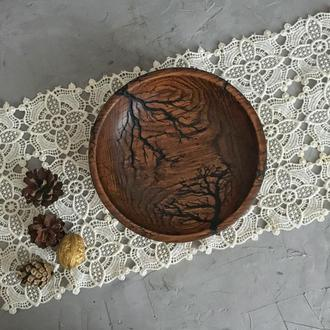 Тарілка з дерева