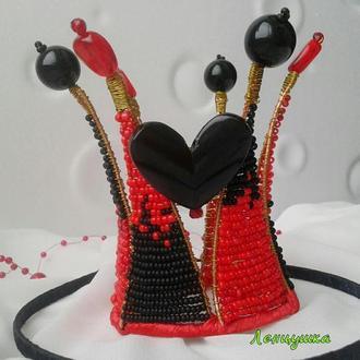 Корона из проволоки и бусин. Красно-черная корона.